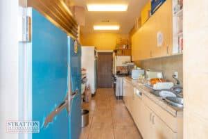 23986-pine-st-kitchen-2