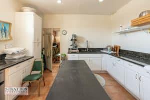 23986-pine-st-kitchen